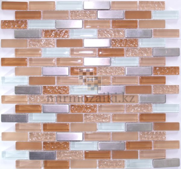 Бледно оранжевая мозаика с металлическими вставками 169